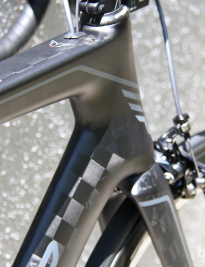 The 2014 Felt AR has a new fork profile designed to smooth the transition from fork to down tube