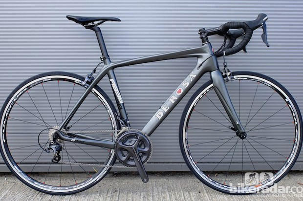 De Rosa's ever-popular R838 has had a makeover for 2014, with this classy understated silk-sheen gun metal grey finish a snap-shot of De Rosa's finish design for 2014