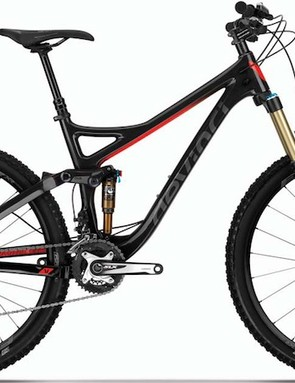 The Devinci Troy Carbon RC is the entry level carbon bike. It shares the same frame as its more expensive siblings and comes specced with a 150mm travel Fox Float 34 FIT CTD fork (non Kashima), Easton XR wheelset, and a Shimano SLX drivetrain. Claimed weight for the Troy Carbon RC is 30.49lb (13.86kg)