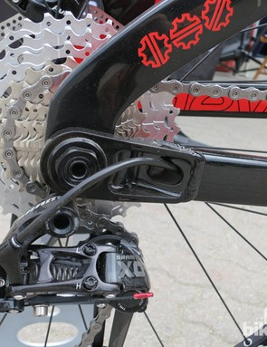 While the seatstays are carbon, Devinci uses aluminum for the chainstays. All of the company's alloy parts are manufactured in Canada