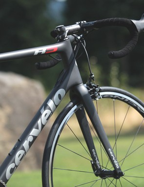 Cervélo's R5 has a taller head tube than most race bikes. A 56cm bike, for example, features a 173mm head tube