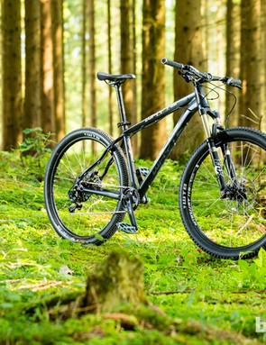 The new 650b Whyte 909 trail hardtail. All the company's trail and XC hardtails now come with 29er or 650b wheels