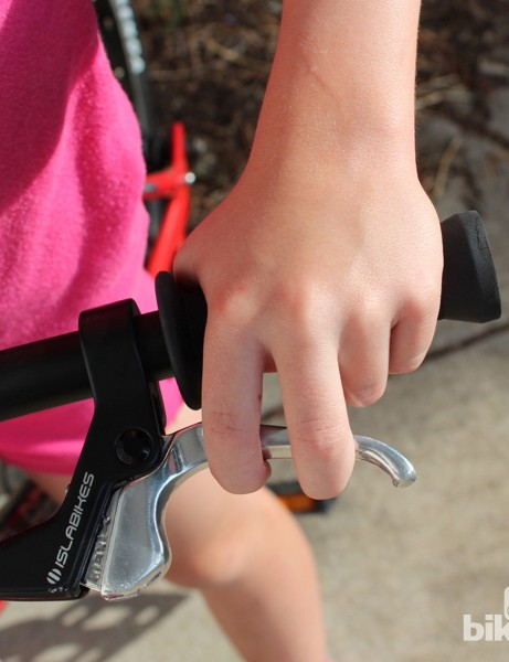 The small lever fits small hands perfectly, and the mini V brake offers plenty of power