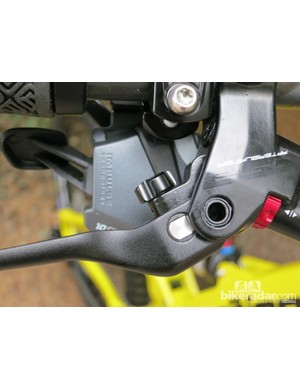 The black knob behind the brake lever adjusts the reach on the FSA Afterburner brake