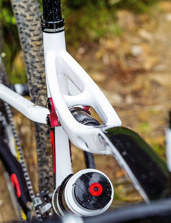 The RockShox' Monarch shock is reversed to sit under the top tube of the Scapin Morgan S1 XTR frame