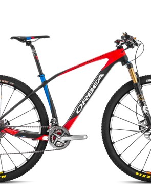 The Orbea Alma M Team we tested costs US$7,999/£6,899 and comes with an XTR groupset, 100mm Fox CTD fork and Mavic Crossmax SLR wheels (650b and 29er models)