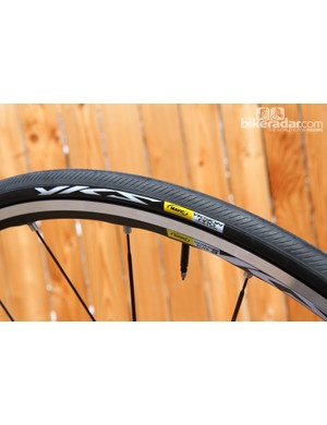 Mavic has been making a big push into the tire market, and a recently announced partnership with Hutchinson has us wondering whether the wheel giant might finally be relenting on its resistance to tubeless road wheels