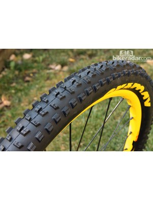 Hutchinson already manufactures Mavic's new Charge and Roam mountain bike tires, so an expansion into the road realm was a natural next step