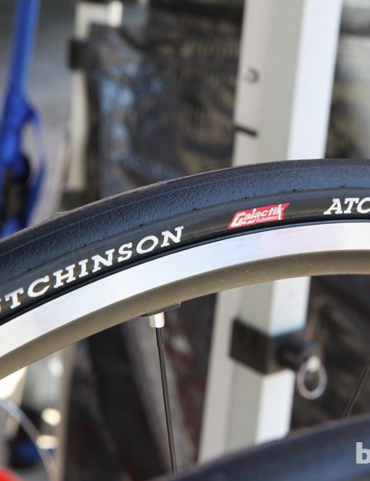 The new Hutchinson Atom Galaktik tubeless road tire weighs just 245g
