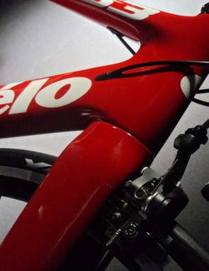 The Cervélo S3 retains the distinctive tube profiles of the S series areo bikes