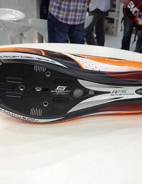 Northwave have a patent on a fine Speedplay adaptor that makes a number of their high performance road shoes compatible with Speedplay pedals