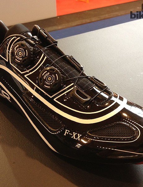Israeli company FLR's FXX is a top-of-the-range shoe weighing 246g for a size 43