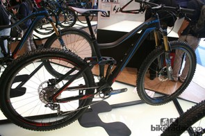 The Cube Stereo 140 shrugs off 650b in favour of 29er hoops