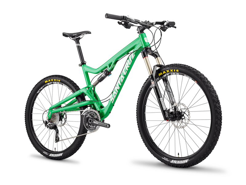 The Santa Cruz Bantam shares the same suspension travel and geometry as the Solo in a more affordable package