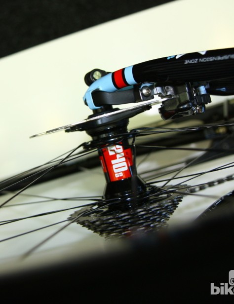 A top view of the curved black Cannondale Reach Around disc brake caliper positioning accessory