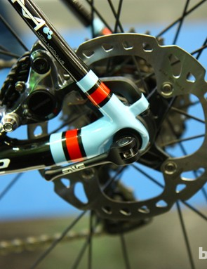 The 2014 Cannondale Synapse Hi-Mod Disc comes with 140mm rotors but can take 160mm as well