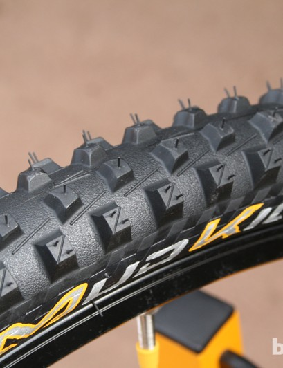 The Continental Mud King 1.8 Protection is offered in 2.2in and 2.4in widths and 650b and 29er options