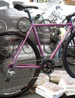 The new Surly Straggler in the 'Glitter Dreams' colourway