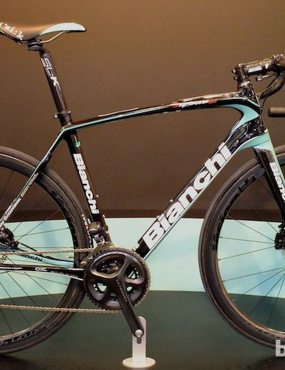 There are two Bianchi Infinito CV disc models. Our favourite is this 11-speed Shimano Ultegra Di2 build