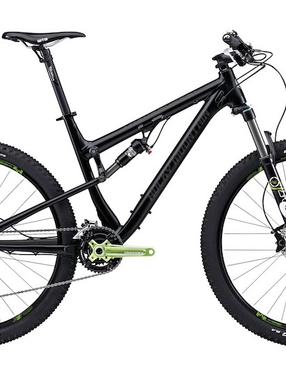 The top-end Thunderbolt 770 retails for US$3,999 (UK pricing TBA) and comes equipped with Fox suspension with a mix of Shimano XT and XTR components with a RaceFace Turbine crankset