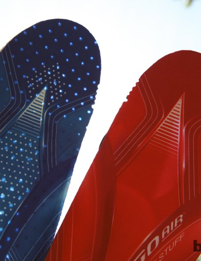 Louis Garneau includes two sets of insoles with the Course 2LS shoes: a perforated set for use in hot weather and a non-perforated set for when you want to block air from coming in through the sole ports