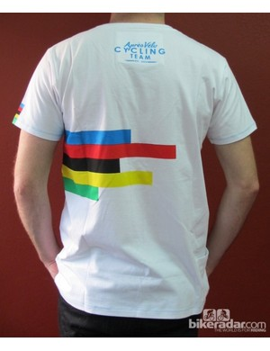 The Après Vèlo Worlds Rainbow T-shirt - features a small pocket on the side, for a little more jersey-like flair