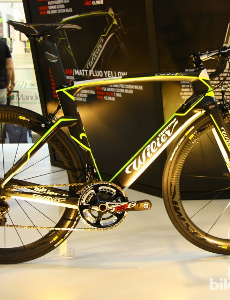 The 2014 Wilier Cento 1 Air is an evolution of the Cento 1 SR with some aerodynamic styling cues from the company's Twin Blade time trial bike