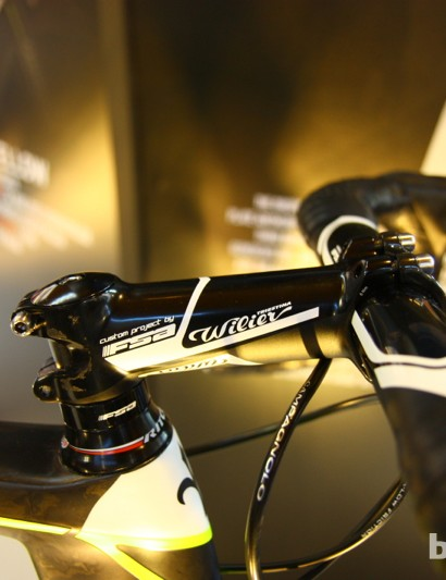 Wilier has co-branded cranks, stems, handlebars, seatposts and saddles, all of which conspire for a well-packaged aesthetic