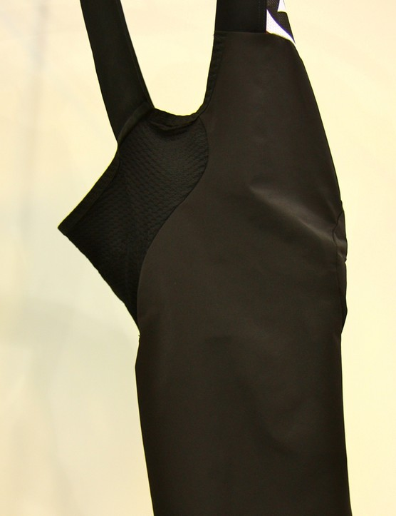 The Assos S7 Campionissimo bib short features less restrictive material on the front