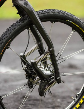 Lauf Trail Racer 29in fork might look unconventional but it saves a lot of weight compared to normal suspension forks