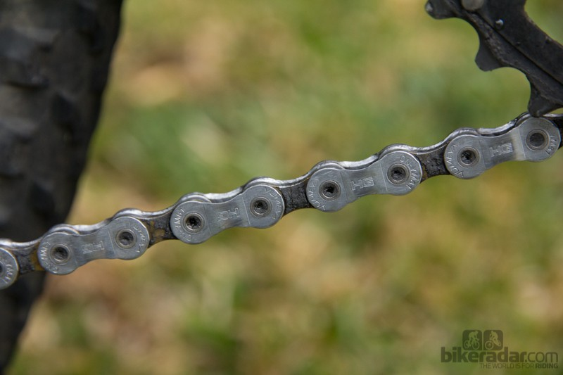 This is the same chain after cleaning with the Finish Line Chain Cleaner. Note that the outsides of the inner links are left dirty