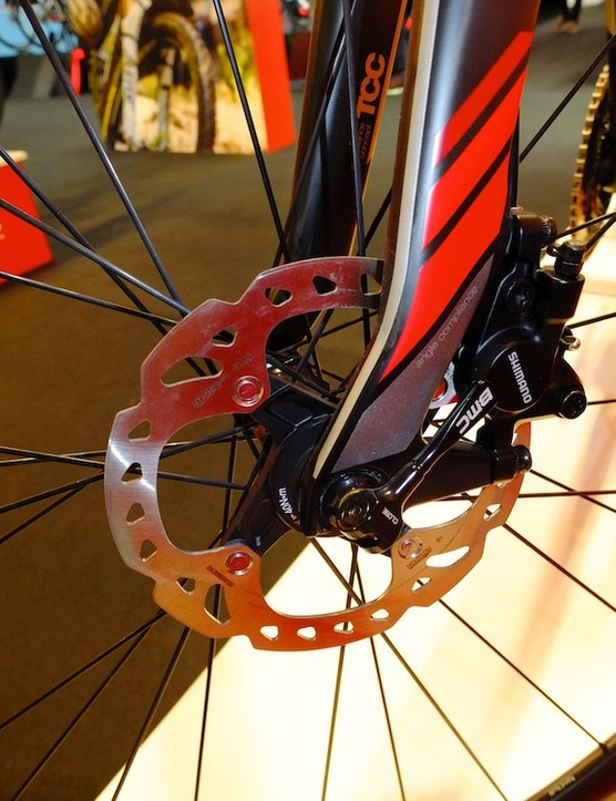 Shimano's new hydraulic road disc brakes are used on the new GF01
