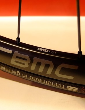 A new development for BMC is their own carbon rim for the GF01 Disc