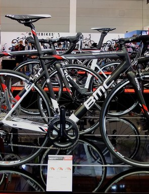 The BMC TeamMachine SLR02 is the new younger brother of the SLR01