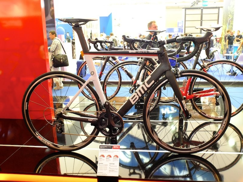 The new TimeMachine TMR02 aero road bike offers a more reasonably priced version of the range topping TMR01