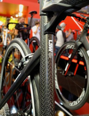 The Impec range is mostly unchanged apart from a new clear lacquer finish for the Swiss-made carbon tubes