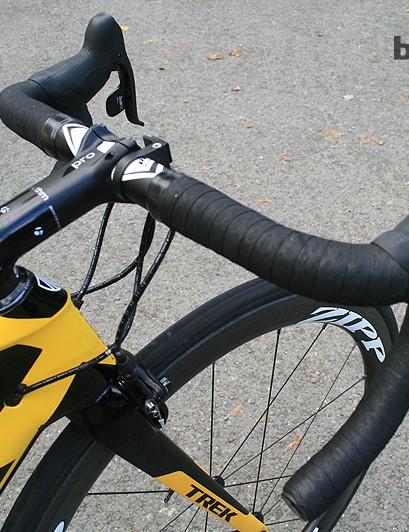 Ciolek has a workmanlike Bontrager cockpit: an angular 130mm Rhythm Pro  stem and 42mm alloy Race Lite Anatomic-C bars