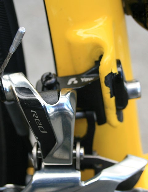Ciolek's frame has had a tough life – the front derailleur bracket is missing a chunk