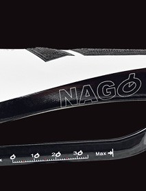 The popular semi-round shape of the Nago Evo has been re-imagined into more of a triathlon friendly design. The broad highly padded nose gets strips of the CPC material for added grip