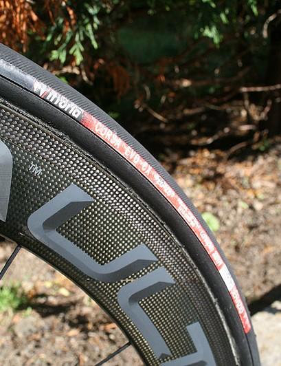 Tyres are 23mm Vittoria Corsa Evo CX tubulars