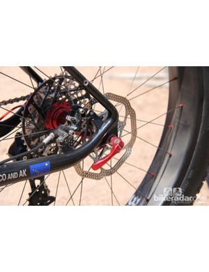 The Yampa frame has a 190mm rear spacing and uses a standard quick-release for the rear axle