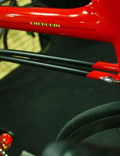 Fairwheel Bikes Interbike 2013:  Shin-ichi Komo's unqiue down tube - or down tubes
