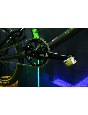 Fairwheel Bikes Interbike 2013: A Crumpton carbon frame is adorned with Tune cranks and hubs