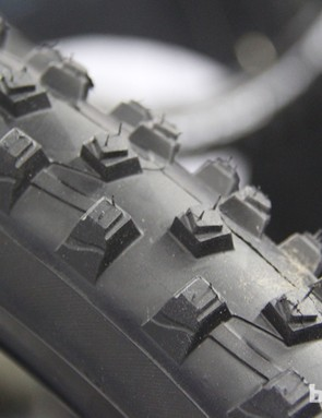 The Wild Mud has stepped knobs with offset steps intended to twist under pressure to aid in mudding shedding.