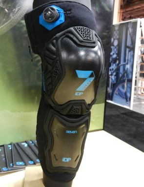If you're looking for a bit more protection, the Tactic Knee is also available in a knee/shin version