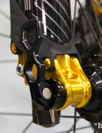 The Revel HLR uses a 20mm thru-axle, instead of the 15mm thru-axles used on comparable forks from Fox and RockShox