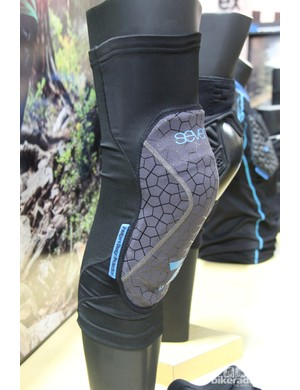 Seven iDP (short for intelligent design protection) is a new company with a complete line of protective gear – shown here is the US$89 Covert knee pad