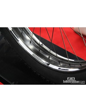 HED is breaking new territory with its carbon fat bike rim. The rim is 82mm wide and has a claimed weight of 540g