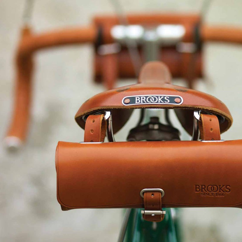 The Elite Bicycle: Portraits of Great Marques, Makers, and Designers - Brooks Saddles