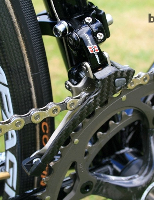 Carbon also turns up on the Record 11 derailleur